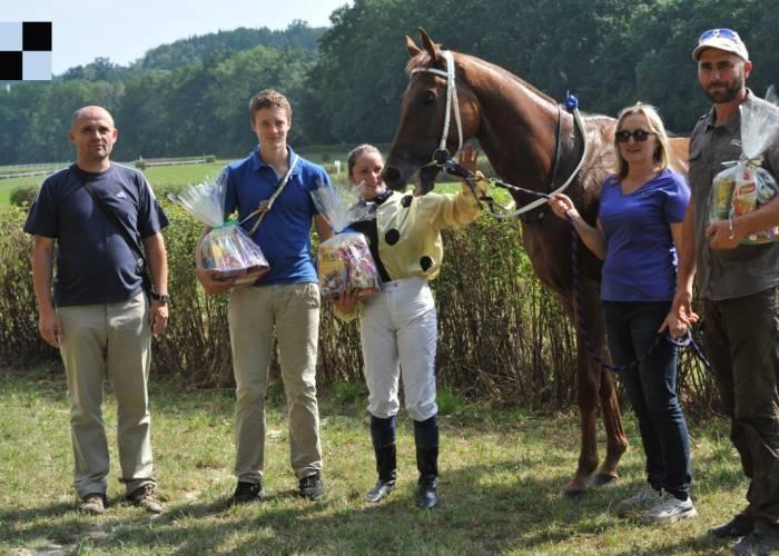 Náročný víkend – s deseti koňmi do Pardubic a Netolic